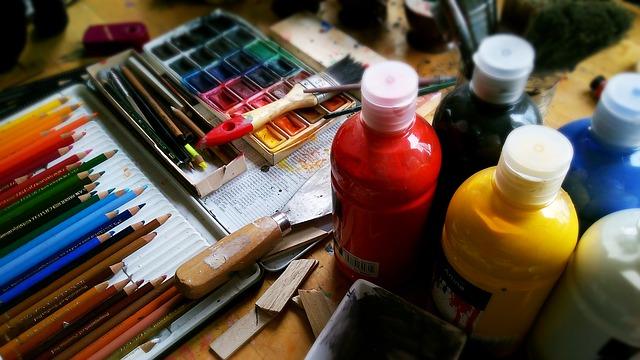potřeby na malování.jpg
