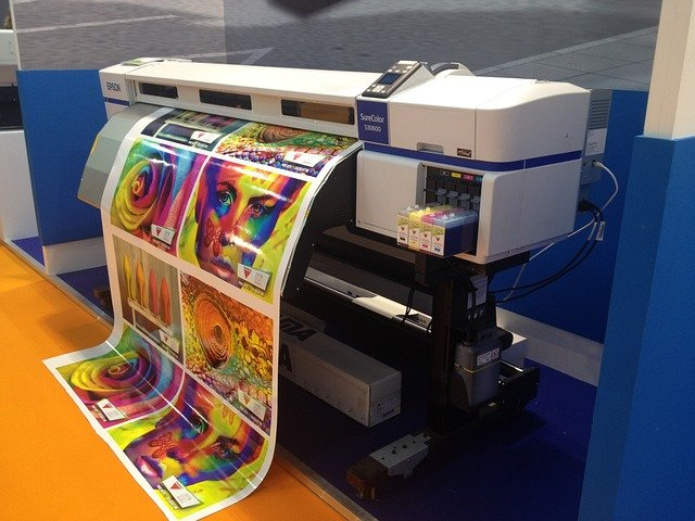 barevná tiskárna